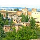 Замок Альгамбра, Испания