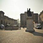 Площадь Кавур, Римини