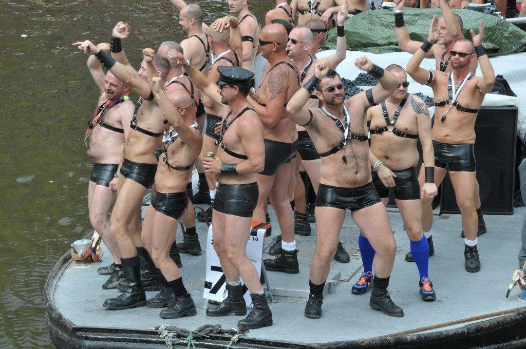 В Одессе после марша ЛГБТ начались столкновения - Цензор.НЕТ 1496