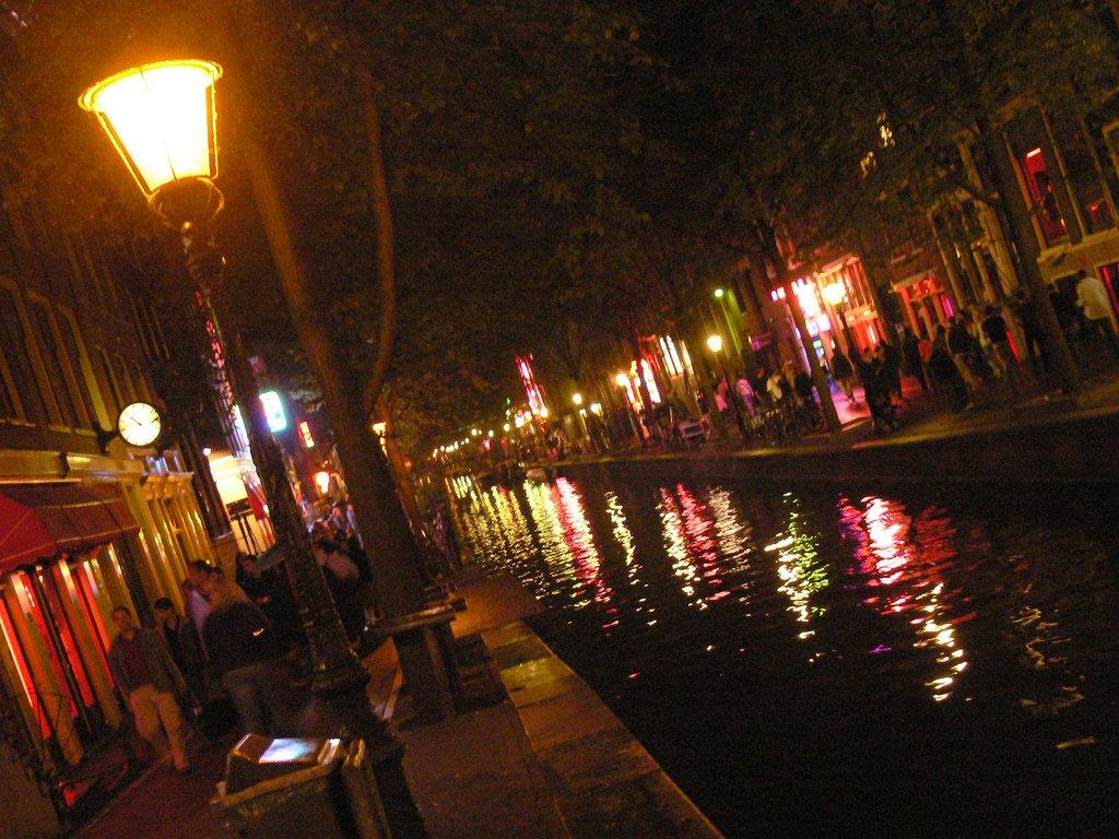 Улица красных фонарей на карте амстердама 1 фотография